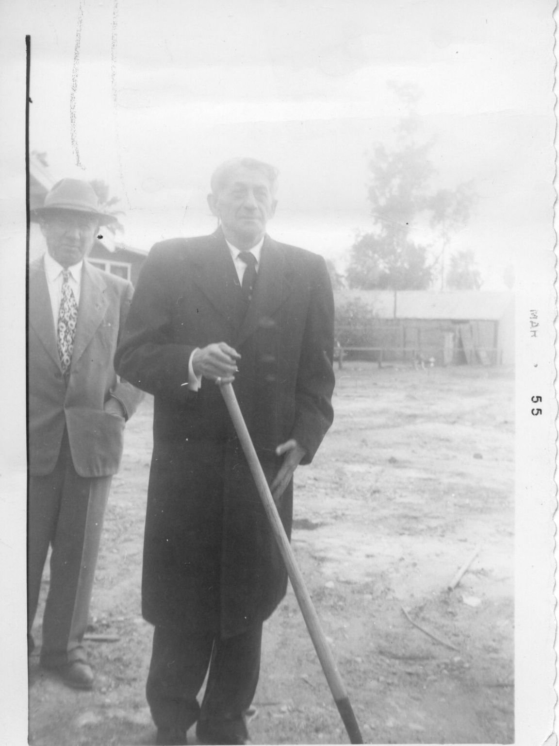 Rabbi Abraham Lincoln Krohn at Beth Hebrew Ground Breaking. (AZ Jewish Historical Society)