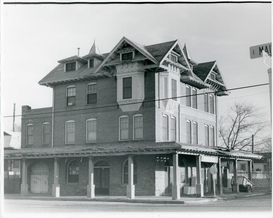 E.M. Kohl Building in 1976 Northwest side.