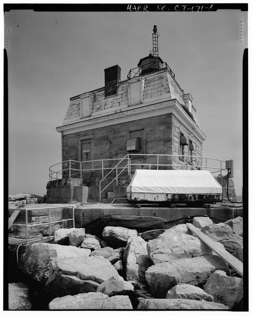 A contemporary view of the lighthouse from up close. The reef is able to be traversed on foot, but can be dangerous during high tides or rough waters.