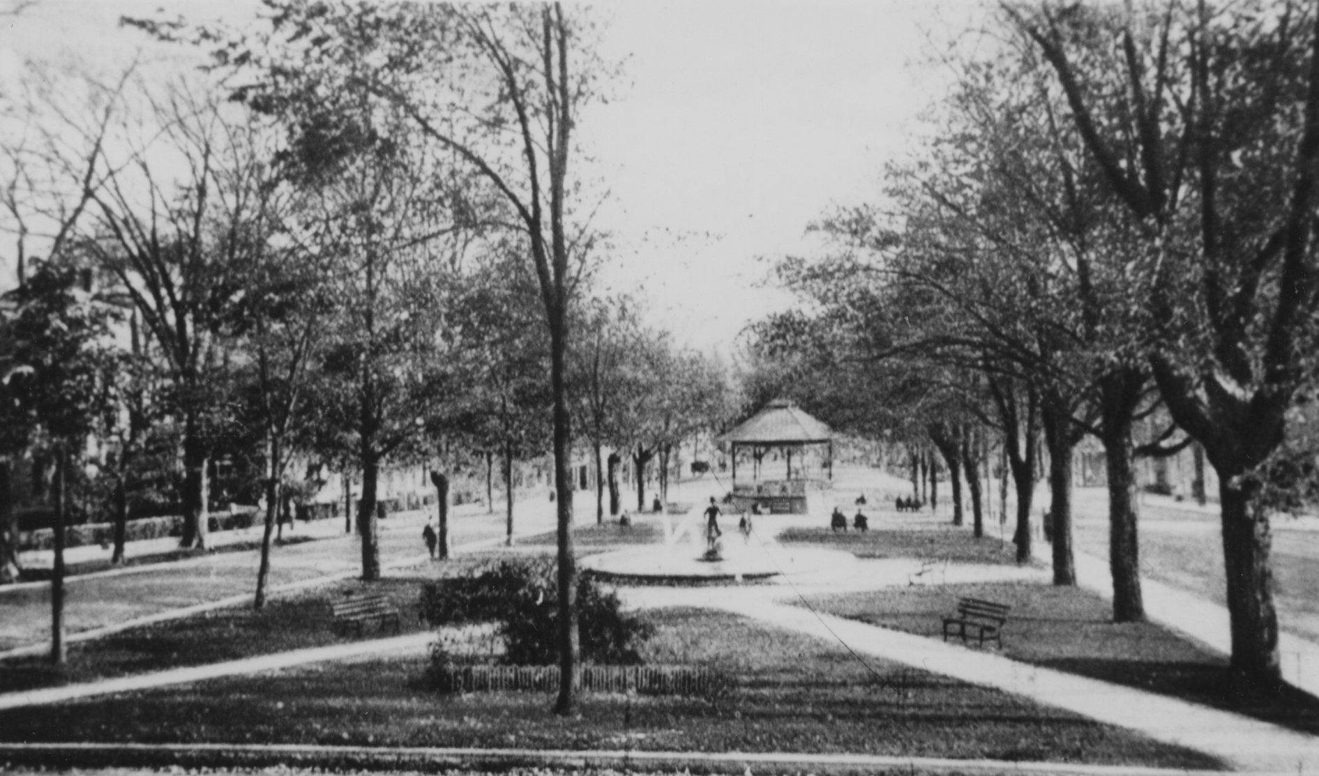 Upper Common after installation of fountain and bandstand