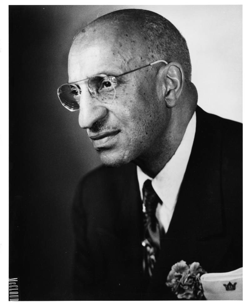 Dr. Clarence Holmes Jr
