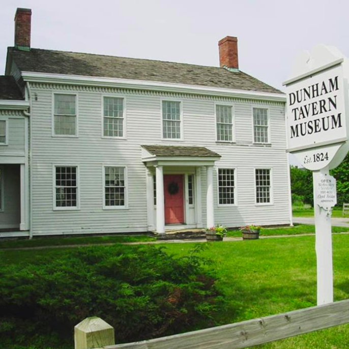 The Dunham Tavern Museum as it stands from the outside