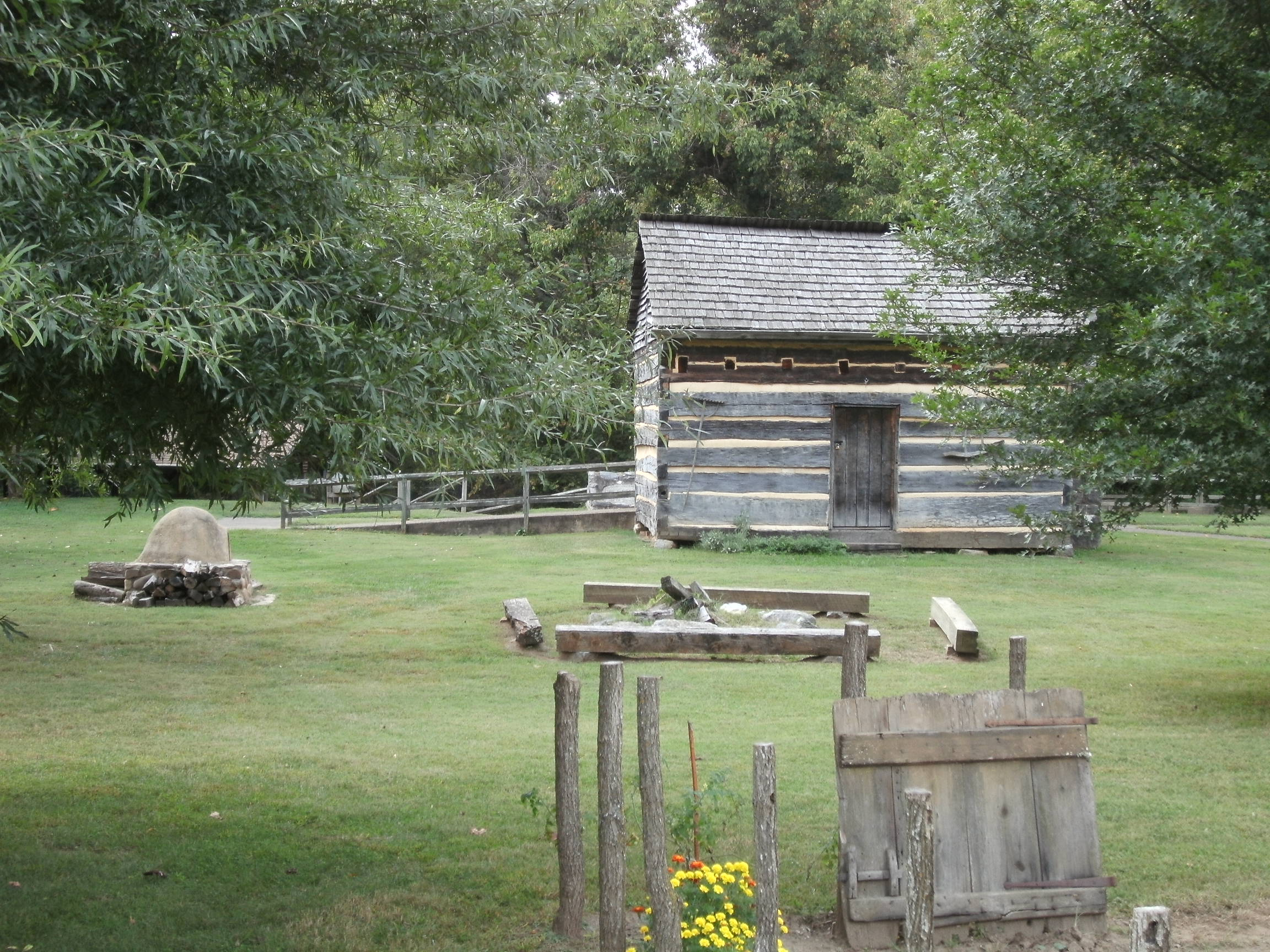 Replica of the cabin that Davy Crockett was born and raised in.  (photo by Steven Hart)