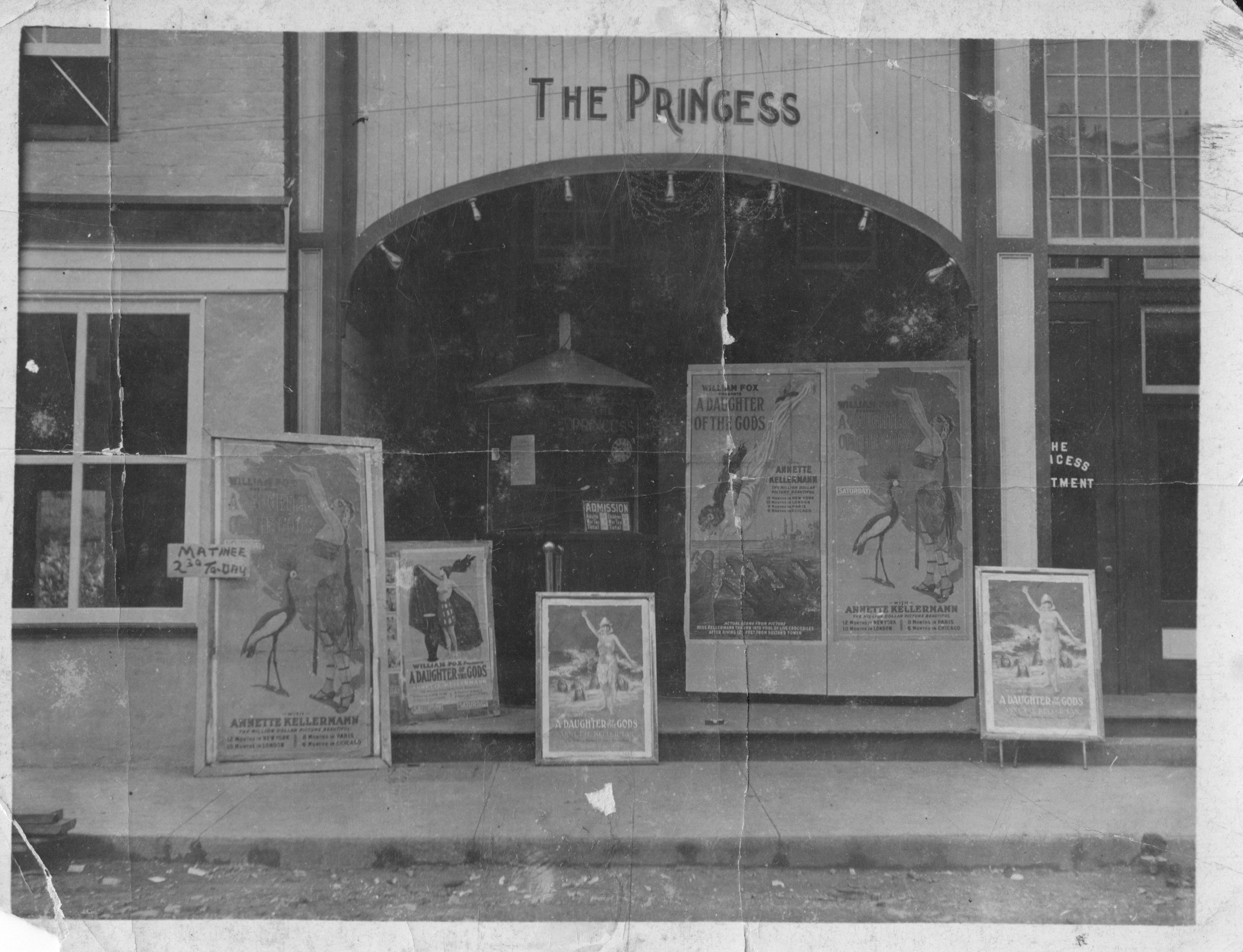 Princess Theatre, 1916. Showing was the controversial silent film, A Daughter of the Gods with Annette Kellerman. A scene in the film is considered the first complete nude scene by a major actress. Photo courtesy of Greenbrier Historical Society.