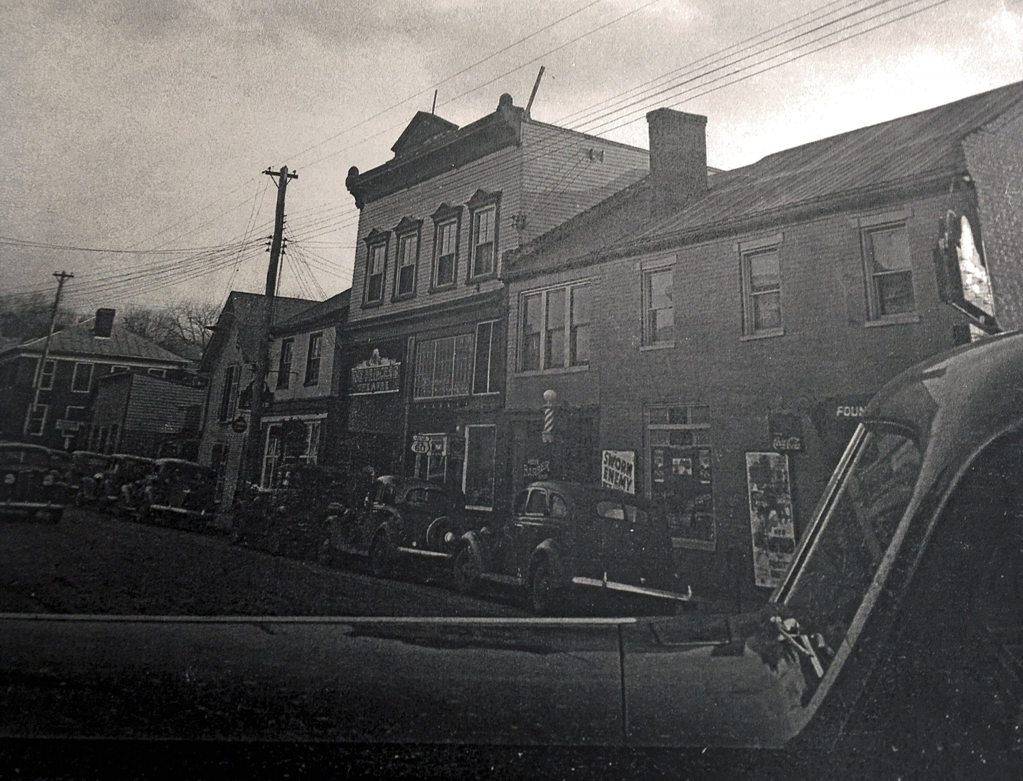 Main Street looking towards the Princess Theatre. Photo courtesy of Greenbrier Historical Society.