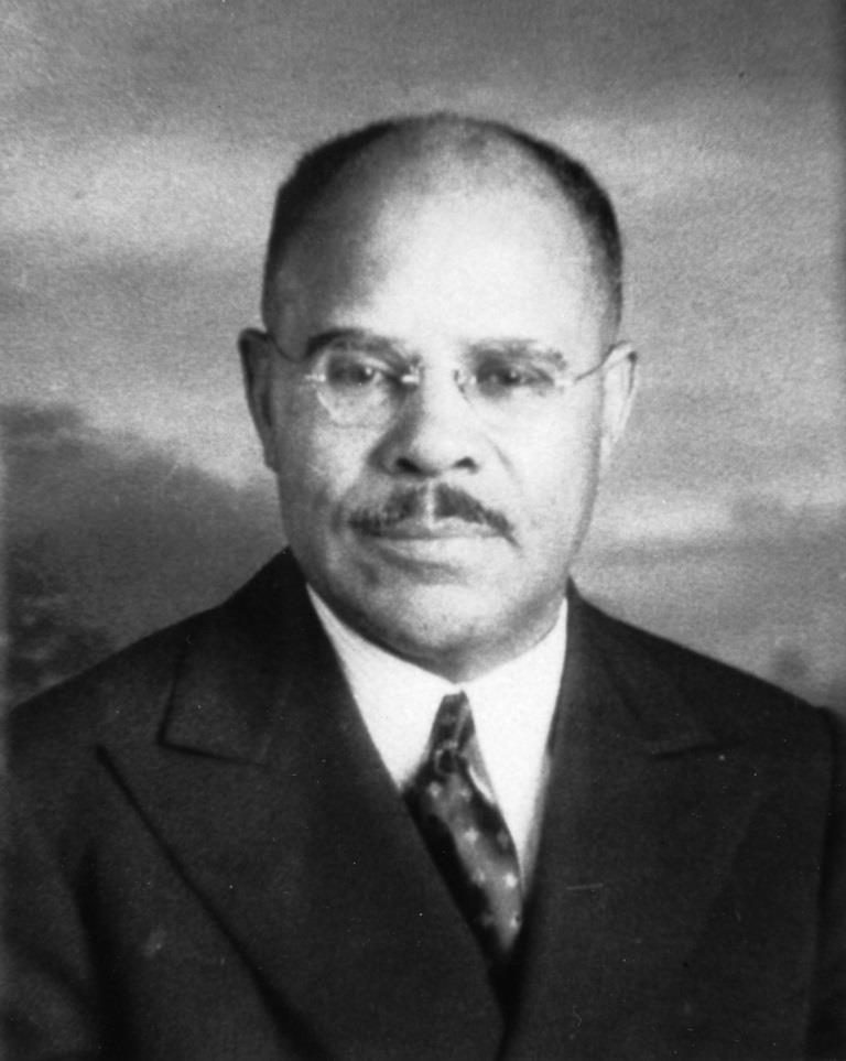 A picture of Dr. Alonzo Kenniebrew.