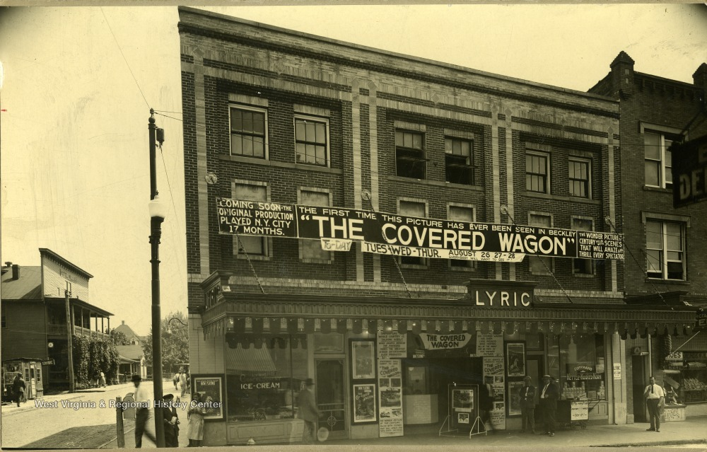 Lyric Theater advertising the Covered Wagon