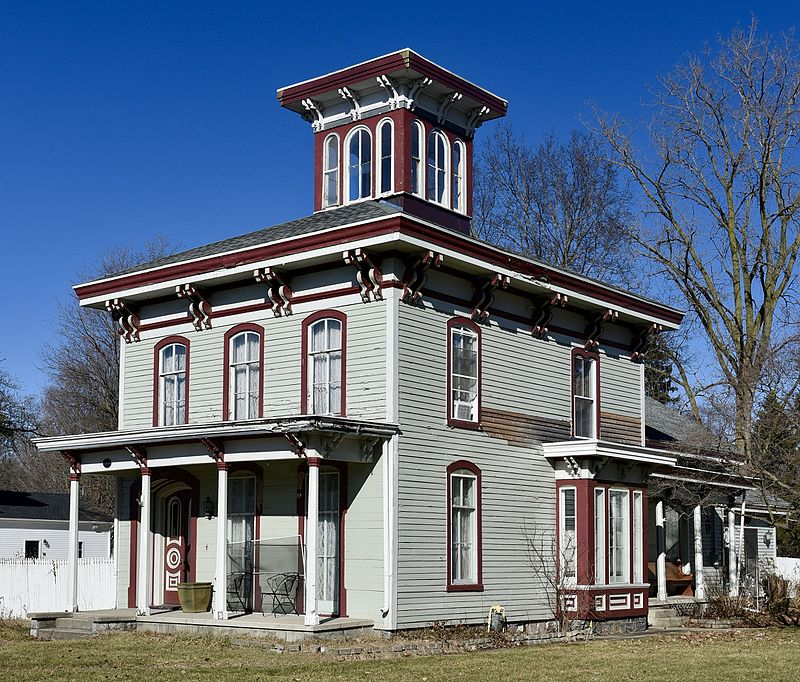 The Morse–Scoville House is one of Constantine's most beautiful landmarks. Designed in the Italianate style, it was built in c.1865.