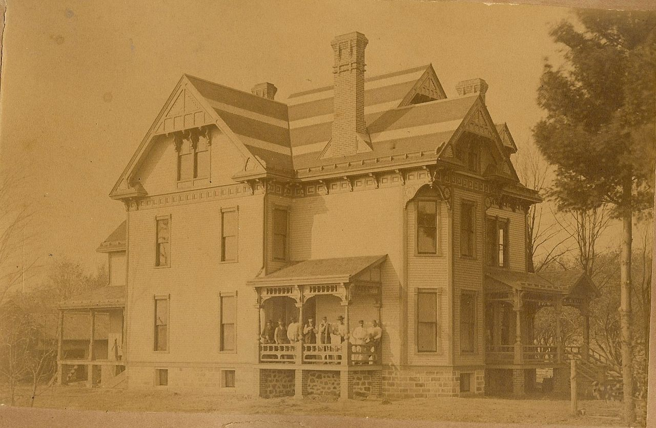 This picture shows the house as it appeared sometime in the late 1800s.