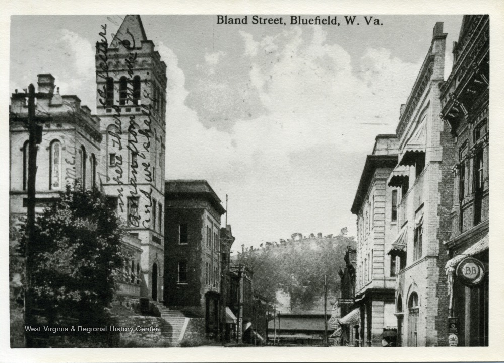 View of Bland Street, circa 1910 to 1920.