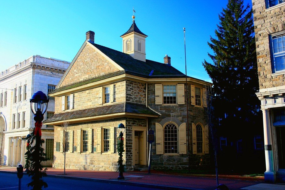 The Old Chester Courthouse was built in 1724 and is the oldest standing courthouse in the U.S.
