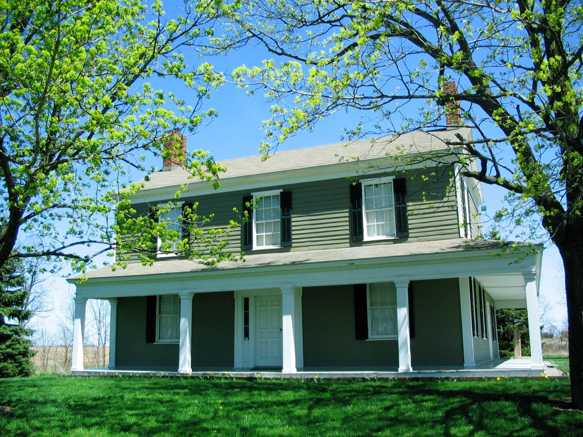 The Johnston House was built in 1822.