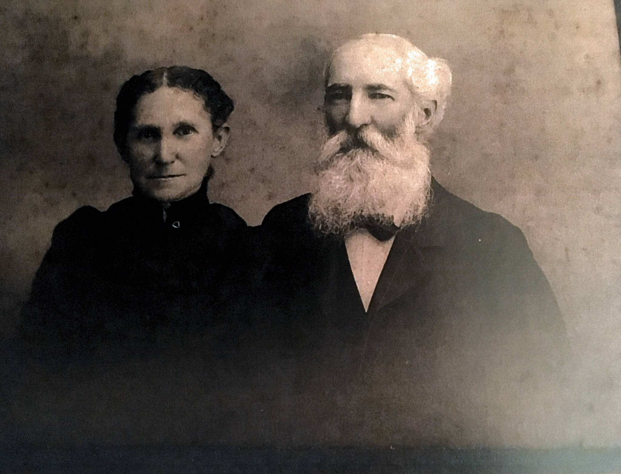 Hugh Wilson Donnally, Sr. and Rebecca Frances Johnston Donnally. Photo courtesy of Morgan Bunn.