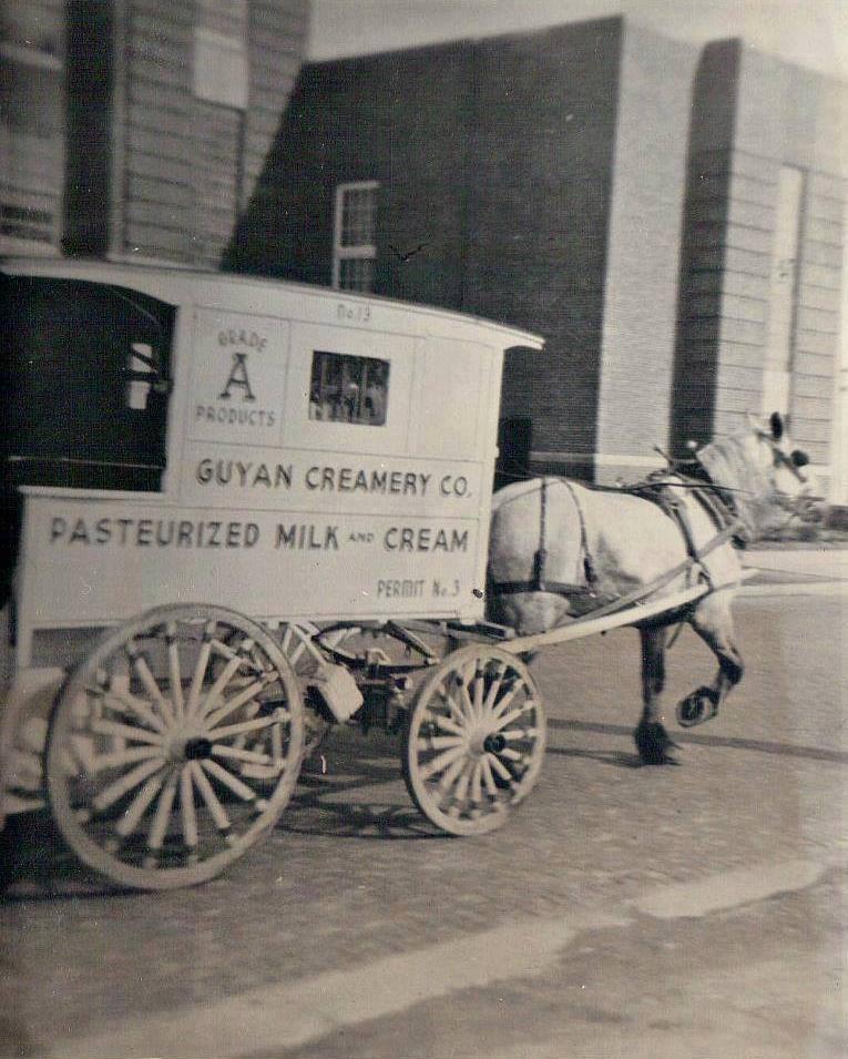 Guyan Creamery wagon in front of HEHS