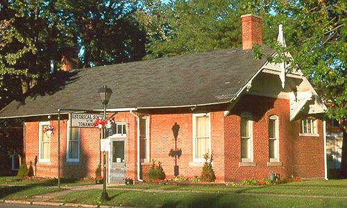 The Historical Society of the Tonawandas is located in this historic 1886 train depot built by the New York Central Railroad.