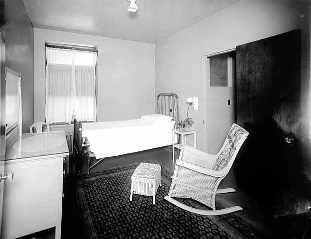 One of the private hospital rooms, circa 1922