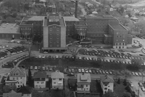 Pictured is the 1970 Washington Hospital, where there were 25 new beds added to the psychiatric unit, a cardiac intensive care unit and respiratory care unit was added, and the beds increased to 583.