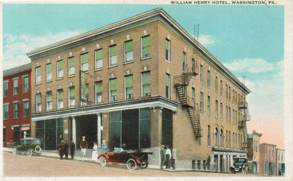 Postcard of the William Henry Hotel.