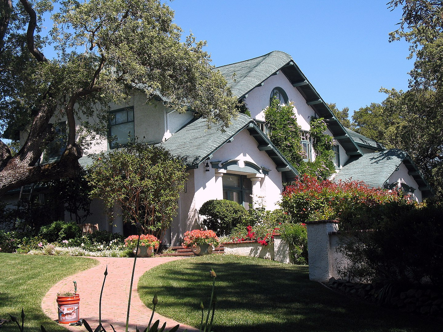 2010 Photo: MacFarland House, 775 Santa Ynez St., Stanford, CA
