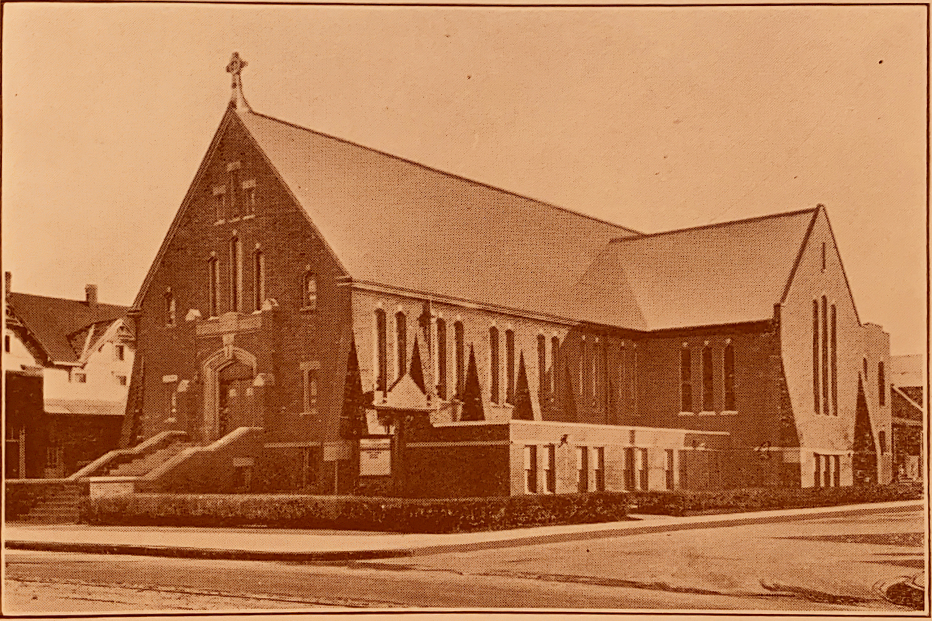The contemporary structure of St. Mark's Lutheran church as it debuted in 1927. The 1,300 person capacity building forms the shape of a cruciform when seen from above.