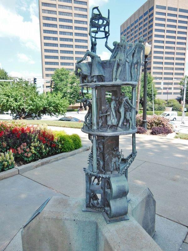 Photograph of sculpture.