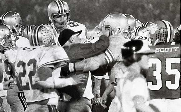 Woody Hayes throwing the punch at Clemson player