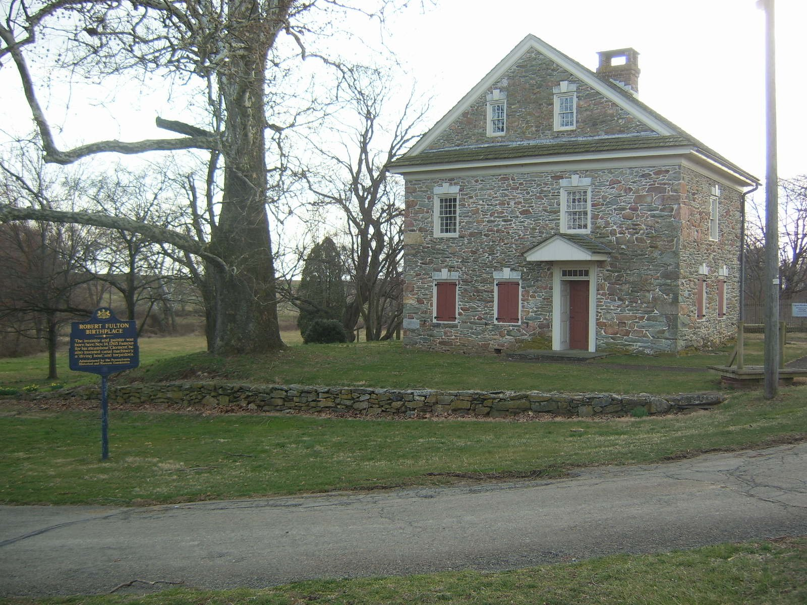 Fulton's original birthplace was destroyed by fire in 1822 and rebuilt from the rubble.
