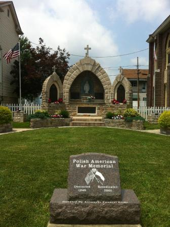 The monument honors WWII veterans who were members of St. Ladislaus Polish Catholic Church.