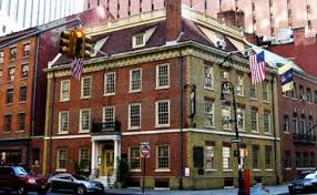 Fraunces Tavern offers a restaurant, tavern, and museum. The building is listed on the National Register of Historic Places.