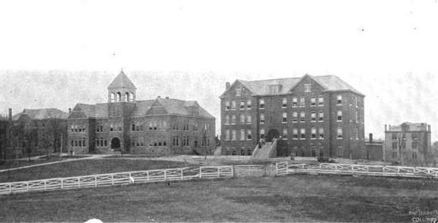 Knoxville College in 1903. McKee Hall is on the left, and Elnathan Hall is on the right.