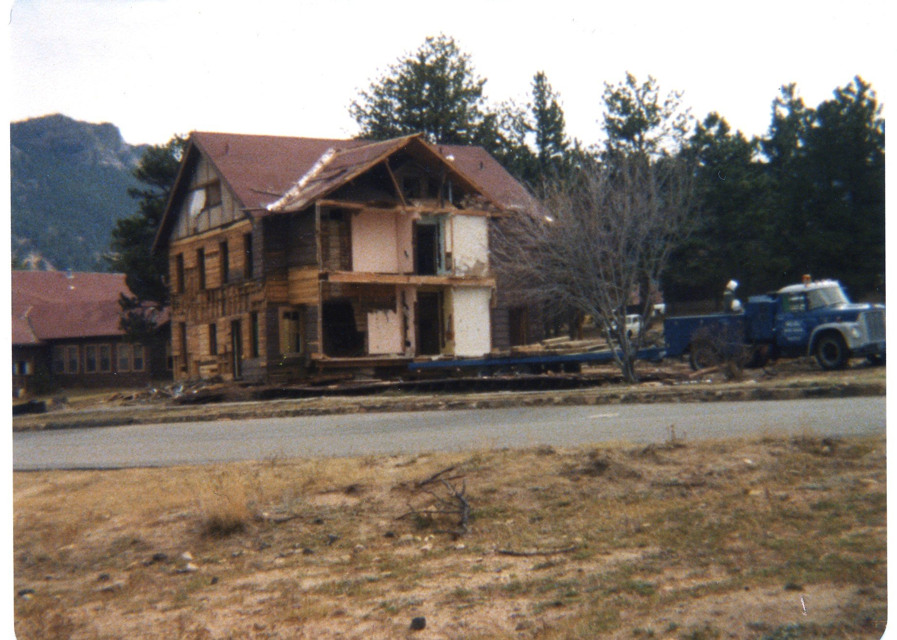 Old Wind River Lodge About to be Demolished