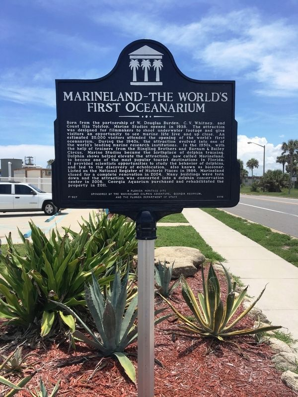 Marineland's historical marker describing the history of this amenity.