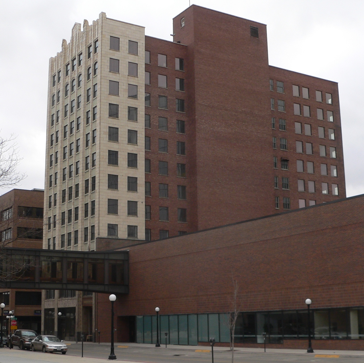 Badgerow Building, located at southwest corner of 4th and Jackson Streets in Sioux City, Iowa; seen from the northwest