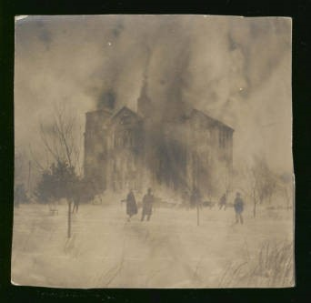 The Seminary building on fire, February 4, 1905.