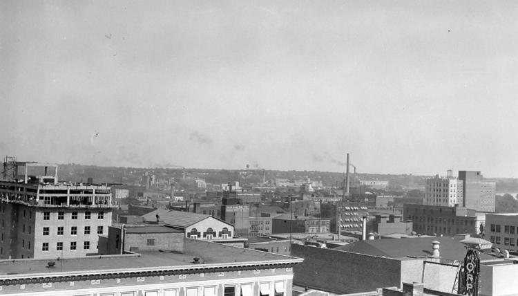 1930s Sioux City: The tall building in the distance, on the right, is the Badgerow Buidling. (The article is focused on the 1920s, but the building didn't get started until the 1930s, so the photo was obviously taken in the '30s)