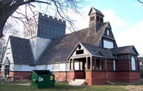 A side view of the church. The red bricks at the bottom of the structure are noteworthy.