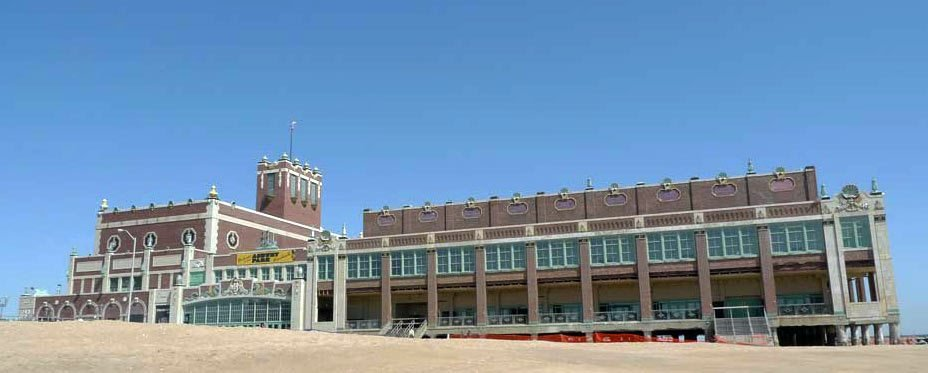 Present day image of the south side face of Convention Hall.
