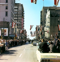 A street view of Dealey Plaza after Kennedy had went through.