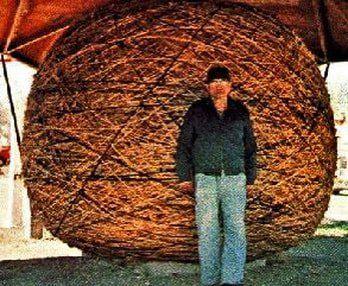This is a picture of Frank Stoeber and his World's Largest Ball of Twine.