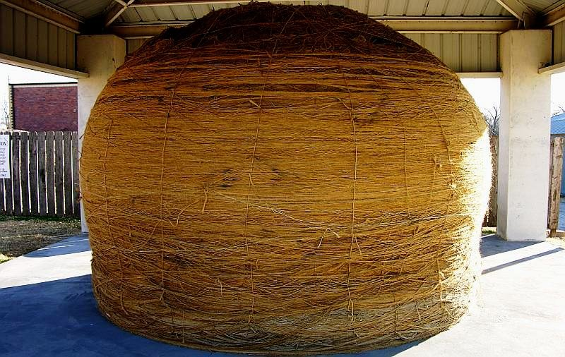 This is a picture of the massive World's Largest Ball of Twine in the shelter that the Cawker City built and paid for.
