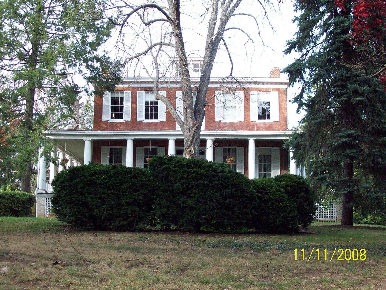 Ash Hill, Hyattsville, MD (Pic: November, 2008)