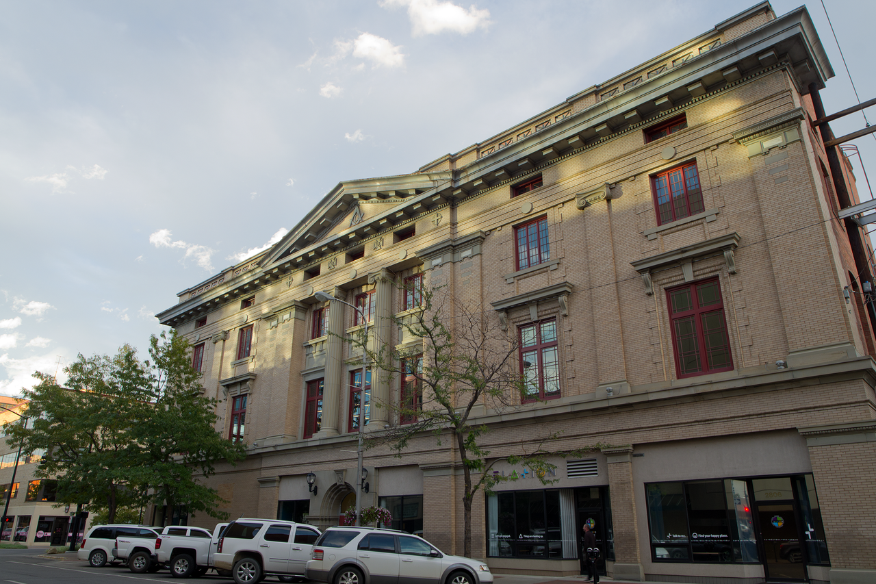The Masonic Building was built in 1910.