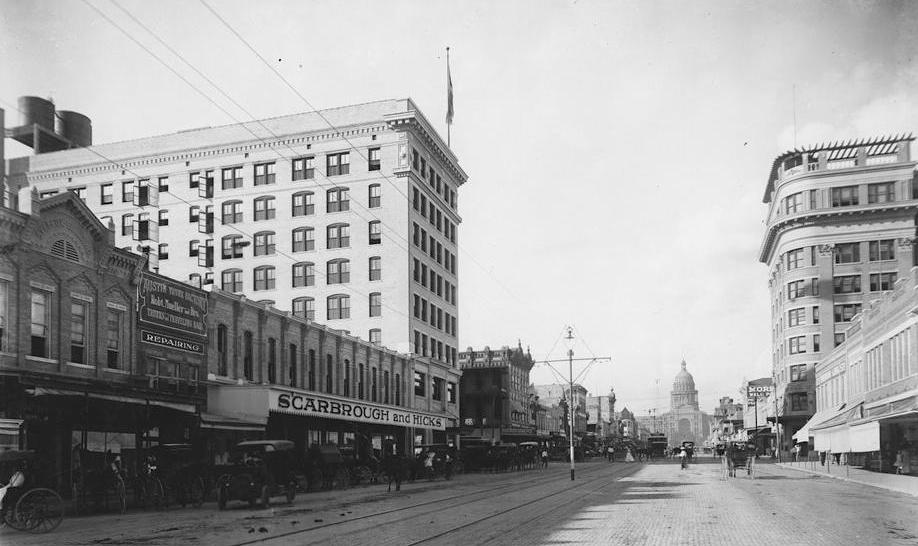 The Scarbrough Building, opposite the Littlefield Building, as it looked around 1911