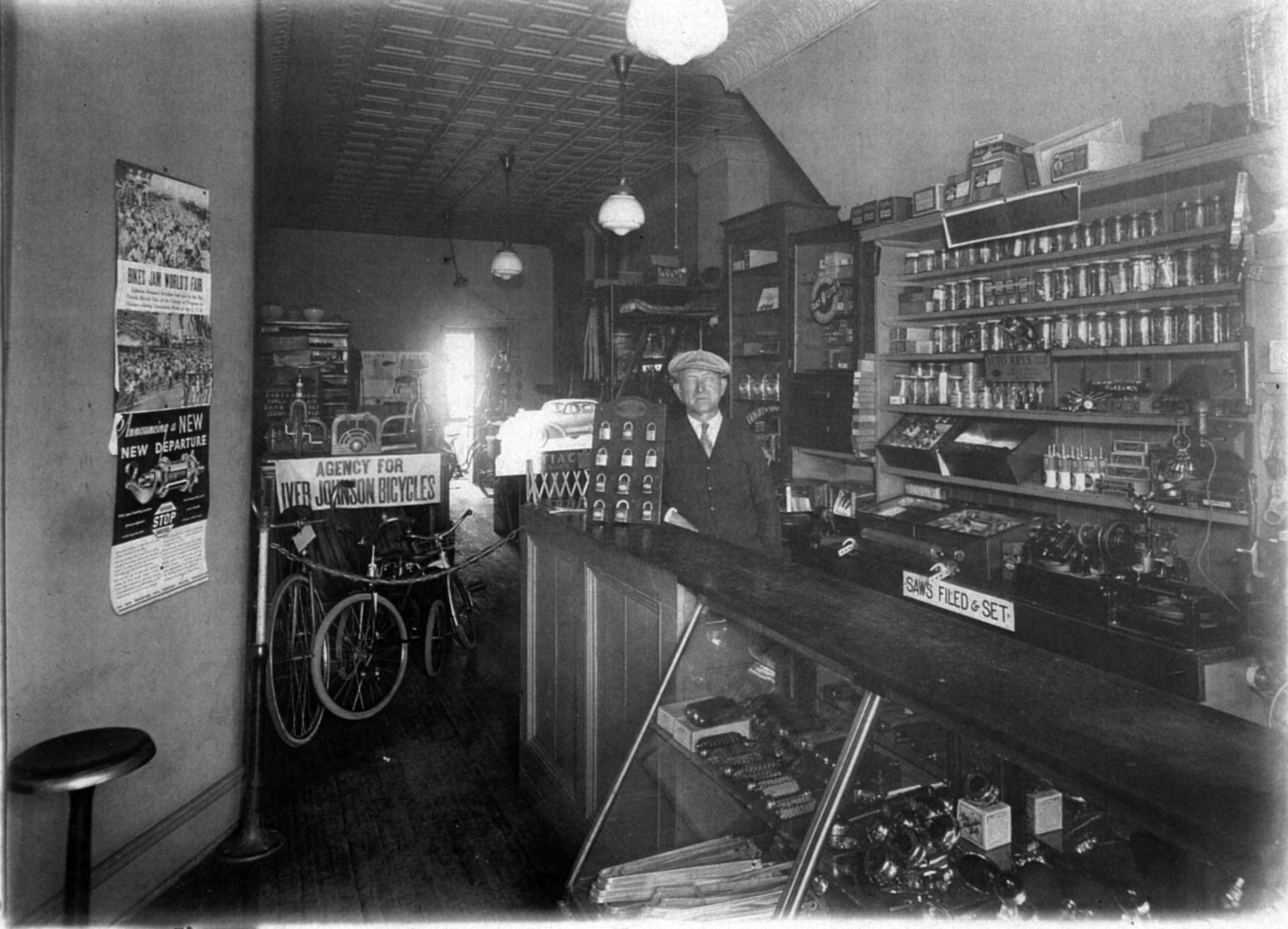 Robert Thomas Bike Shop in 1940