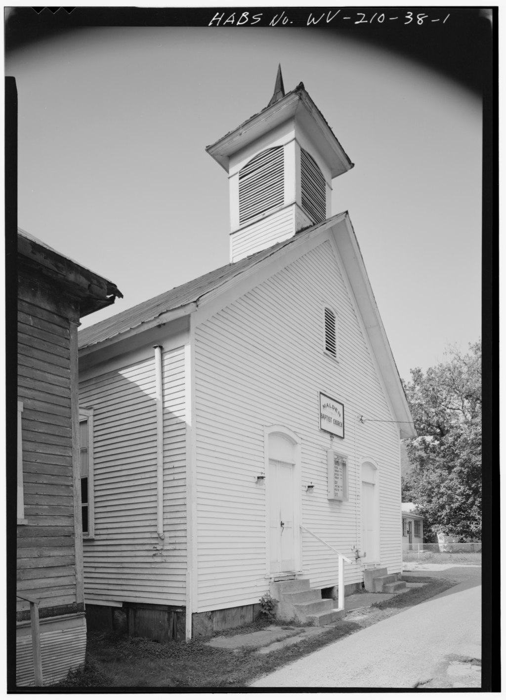 Front of Malden Baptist Church in 1980