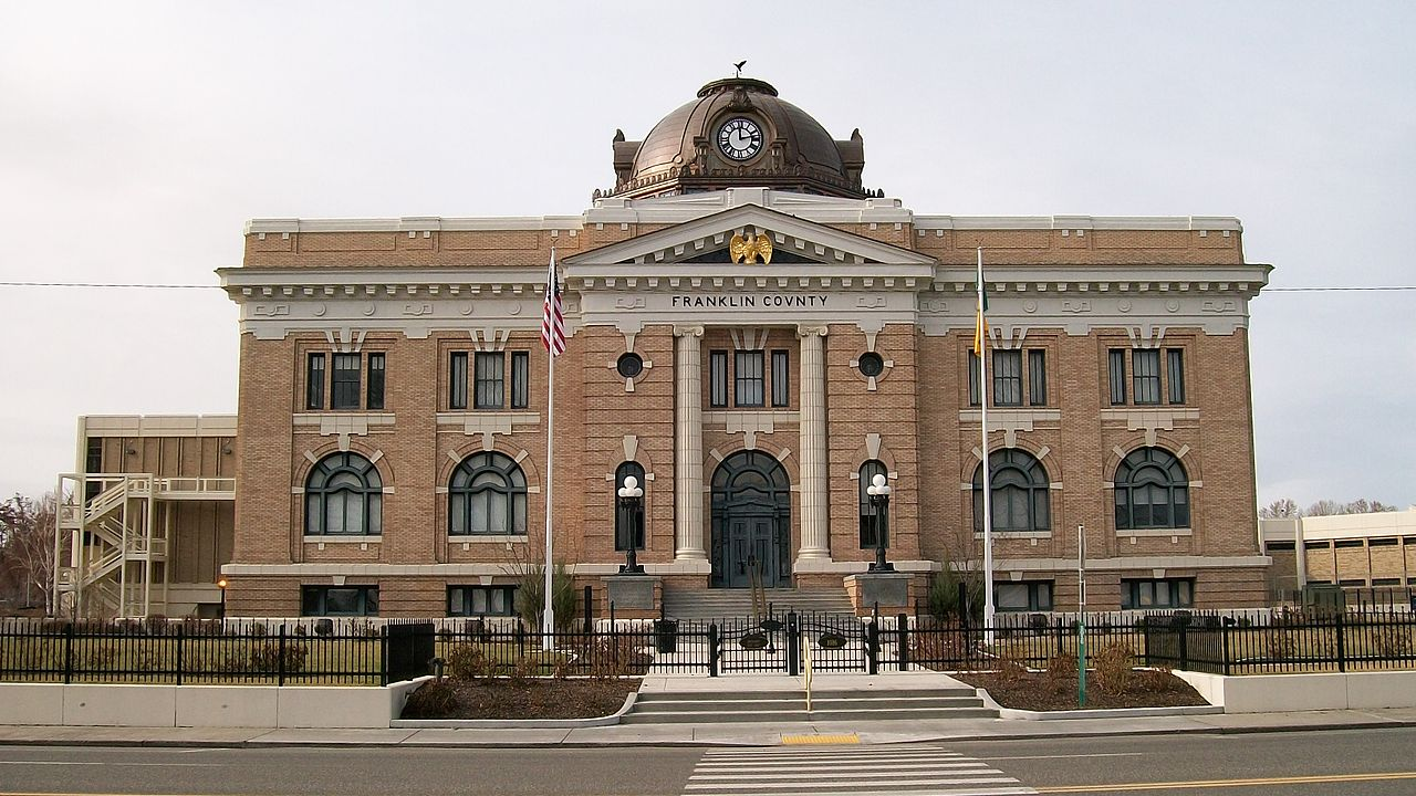 Franklin County Courthouse was built in 1913 and is a beautiful example of Second Renaissance architecture.