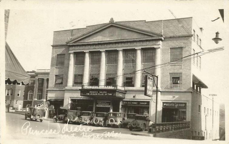 The building circa 1931.