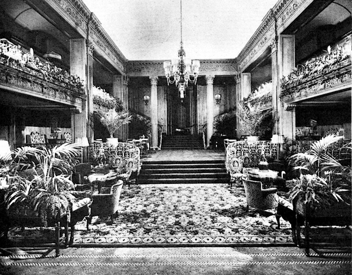 The Lobby of the Olympic Hotel in 1924