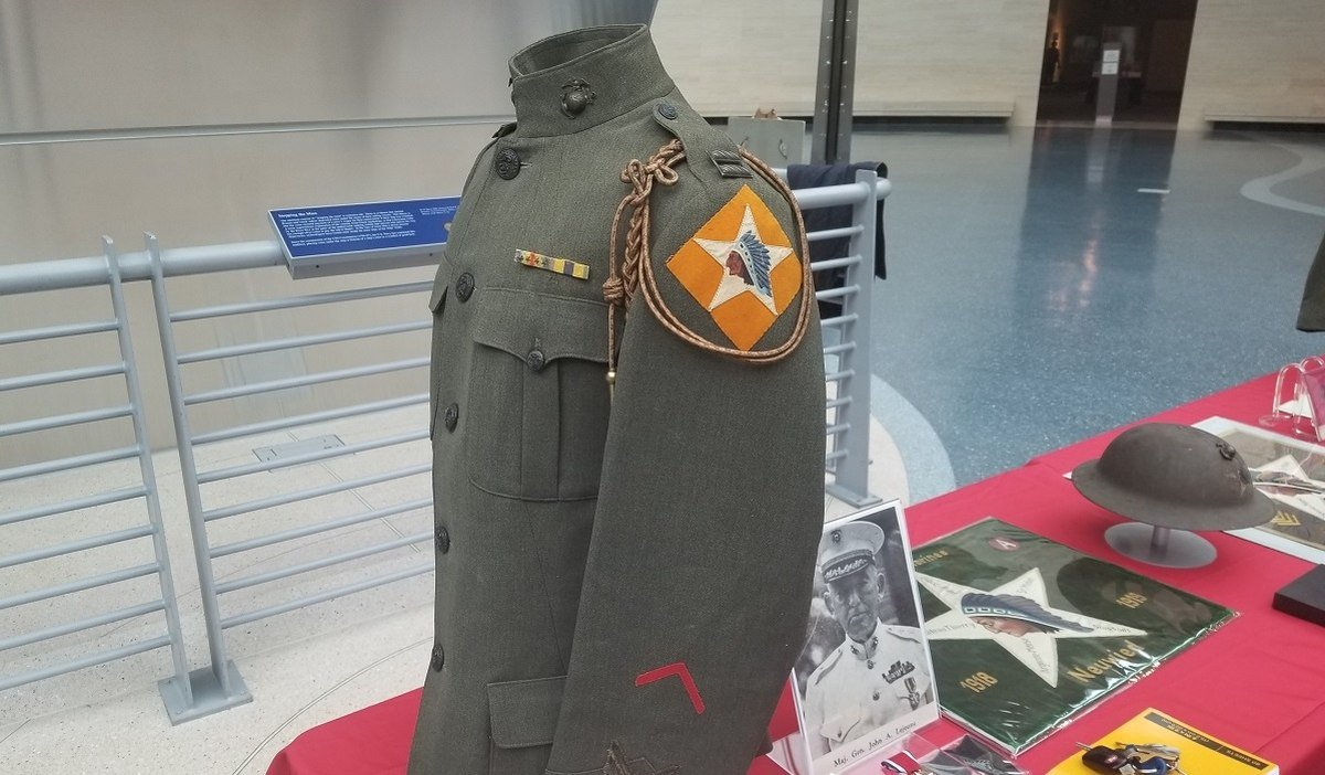 Earle likely wore a uniform like this.  It displays a patch that would have represented the specific unit to which a Marine belonged.  The Indian head was specific to the 2nd Marine Division. (Marine Corps Museum, Quantico, VA)
