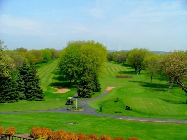 Present day view of the Merrill Hills Country Club
